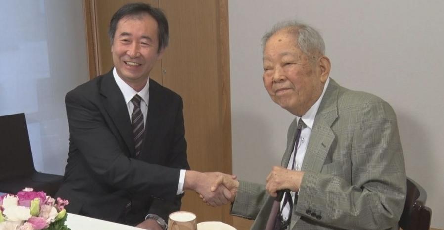 Dr. Kajita Takaaki , Dr. Koshiba Masatoshi