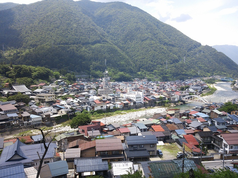 神岡城から見た町並み その1